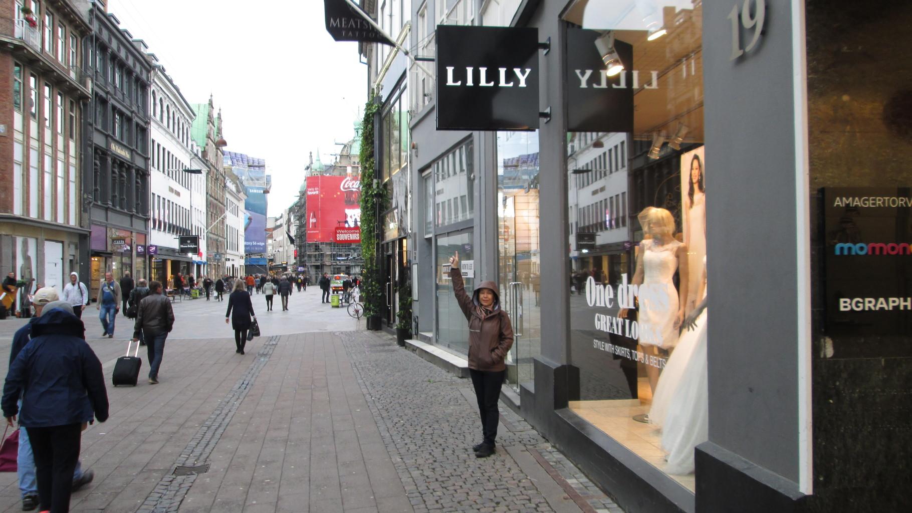 En Copenhague... también encontré mi negocio de ropa!!!
