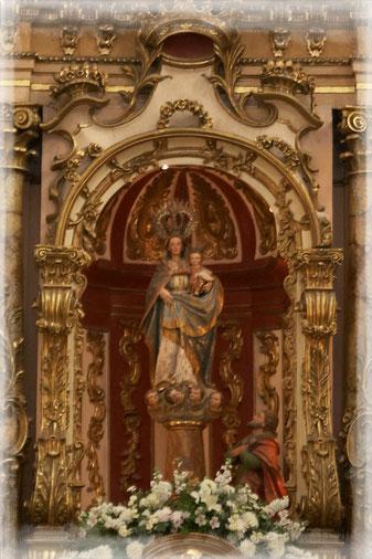 Virgen del Pilar, Altar Mayor de la Iglesia del Pilar