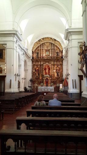 Interior de la Iglesia del Pilar